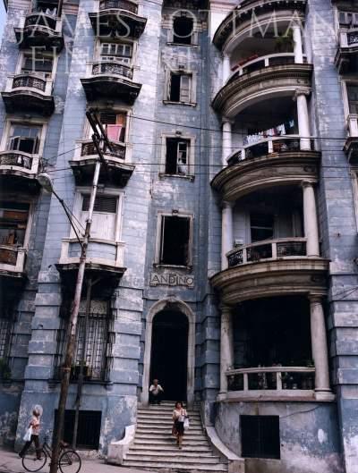 Vincenzo Pietropaolo-Andino Building San Lazaro Havana
